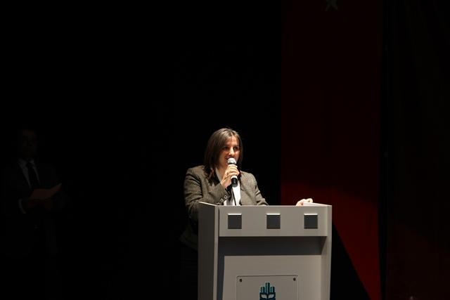 http://medit.fsm.edu.tr/resimler/upload/Direnen-Meal-Mehmet-Akif-Meali-Uluslararasi-Sempozyumu-Yapildi-2120413.jpg