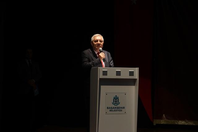 http://medit.fsm.edu.tr/resimler/upload/Direnen-Meal-Mehmet-Akif-Meali-Uluslararasi-Sempozyumu-Yapildi-4120413.jpg