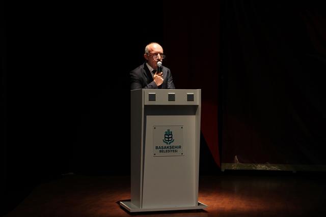 http://medit.fsm.edu.tr/resimler/upload/Direnen-Meal-Mehmet-Akif-Meali-Uluslararasi-Sempozyumu-Yapildi-5120413.jpg