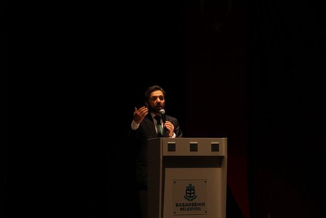 http://medit.fsm.edu.tr/resimler/upload/Direnen-Meal-Mehmet-Akif-Meali-Uluslararasi-Sempozyumu-Yapildi-6120413.jpg