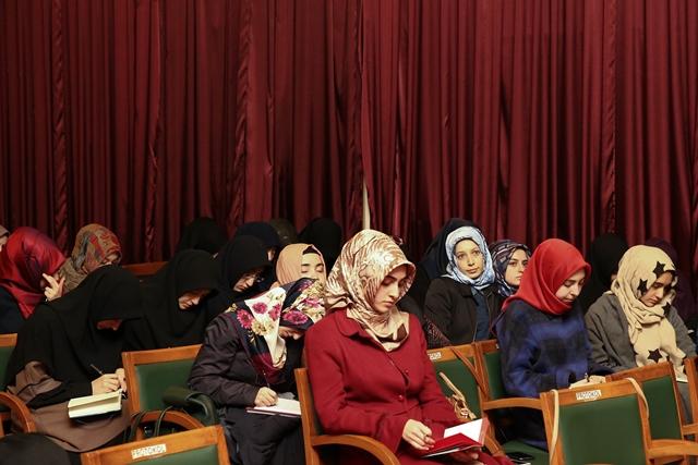http://medit.fsm.edu.tr/resimler/upload/Evrensel-Insan-Haklari-Islamiyet-te-Bati-dan-Daha-Coktur-4161214.jpg