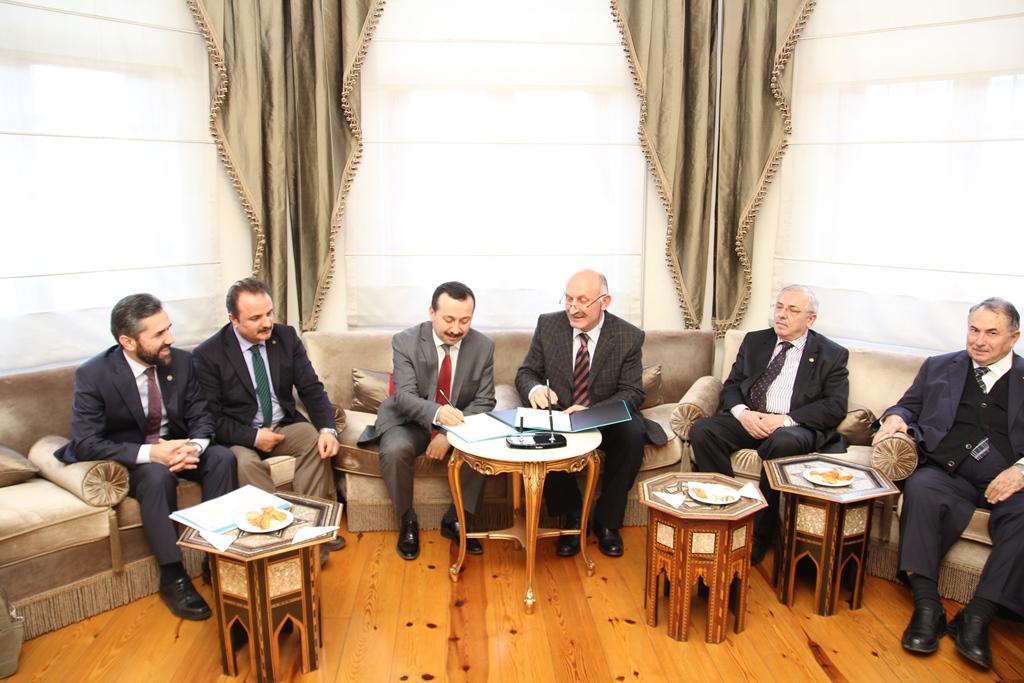 http://medit.fsm.edu.tr/resimler/upload/Istanbul-ve-Konya-Akademik-Anlamda-Butunlesiyor-1270114.jpg