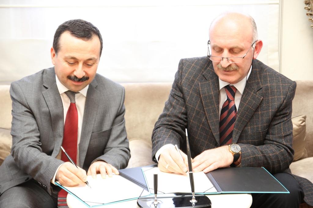 http://medit.fsm.edu.tr/resimler/upload/Istanbul-ve-Konya-Akademik-Anlamda-Butunlesiyor-2270114.jpg